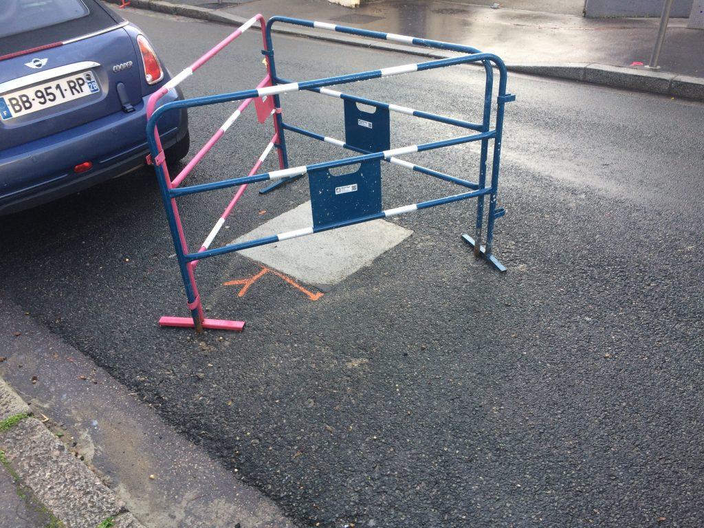 Emplacement de la barrière démontée en décembre 2020, rue de l'Harmonie